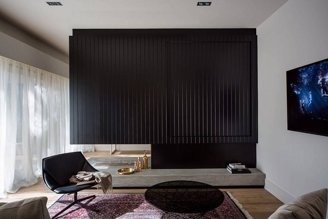 bruin wit grijs zwart interieur