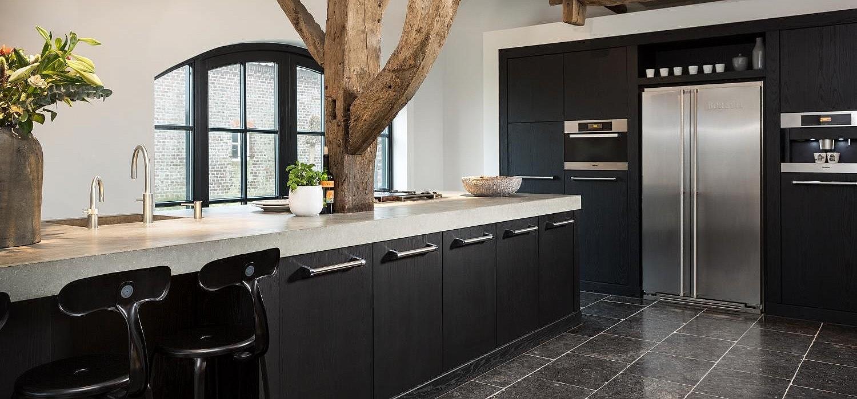 Welke kleur vloer bij witte hoogglans keuken - TG WONEN Woonmagazine