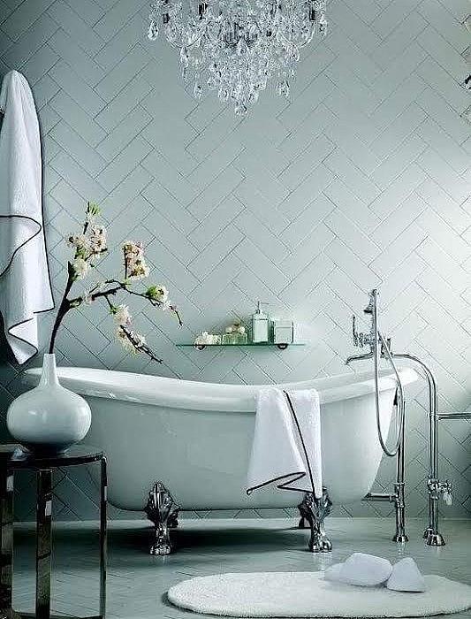 Metro tegels badkamer 10x20 tg wonen woonmagazine - Tegel metro bordeaux ...