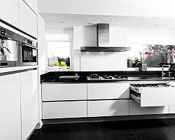 Welke kleur vloer bij witte hoogglans keuken
