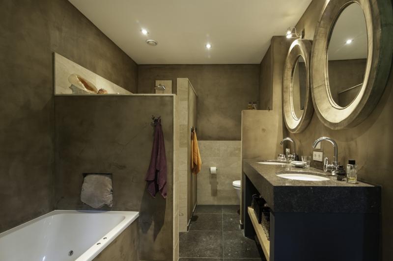 Badkamer Stuc Voorbeelden : Betonstuc badkamer prijs en ervaring thomas gaspersz
