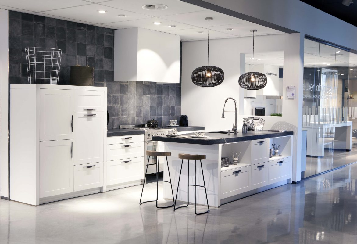 Strak Keuken Tegels : Welke tegels bij witte keuken thomas gaspersz