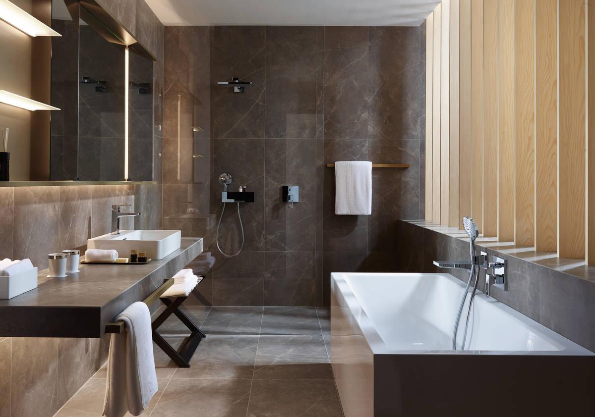 Badkamer Tegels Kleuren : Badkamer tegels in een kleur tgwonen