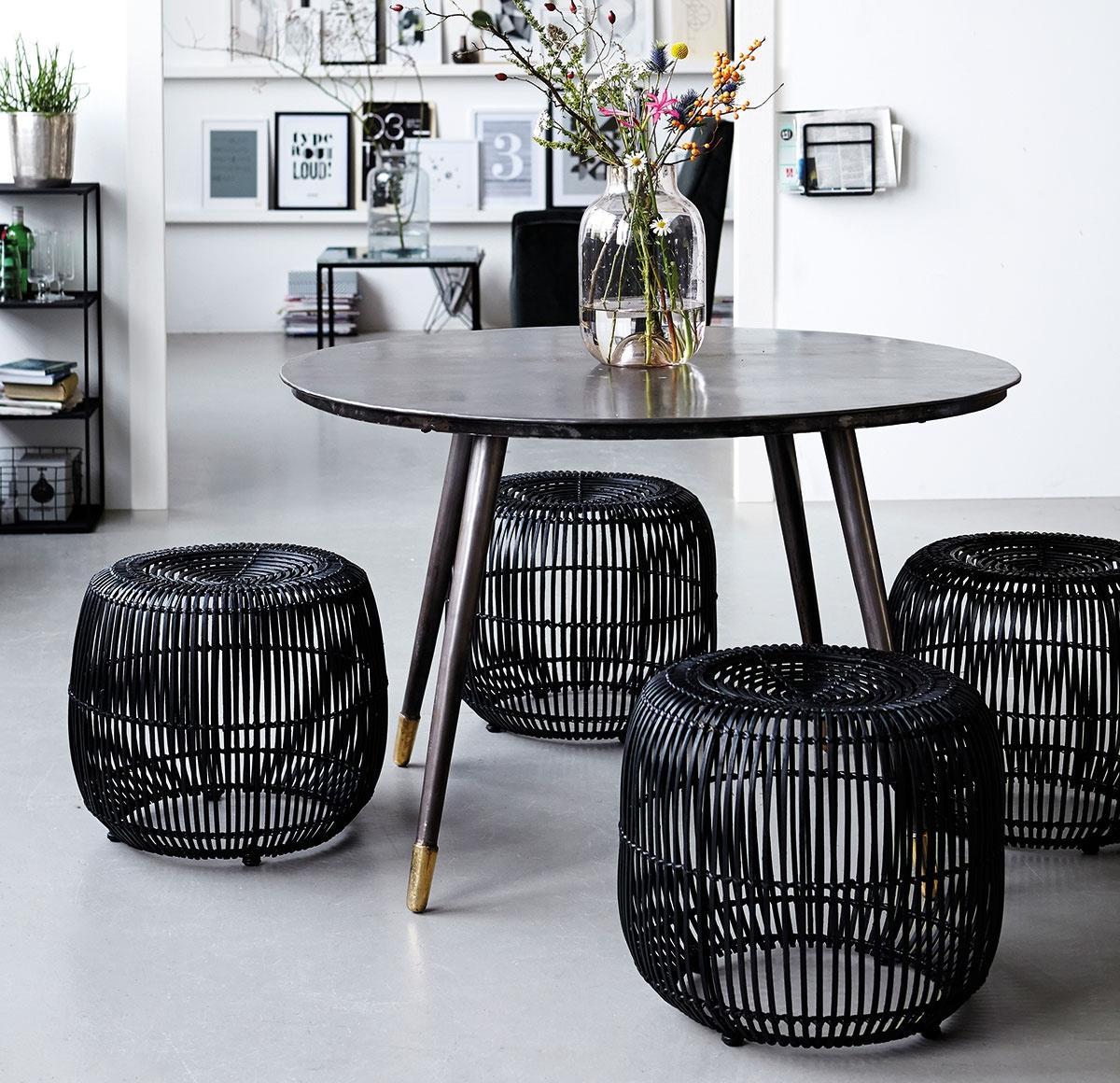 betonlook tegels woonkamer thomas gaspersz. Black Bedroom Furniture Sets. Home Design Ideas