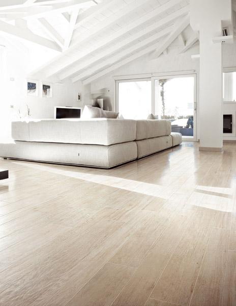 Keramisch laminaat in woonkamer