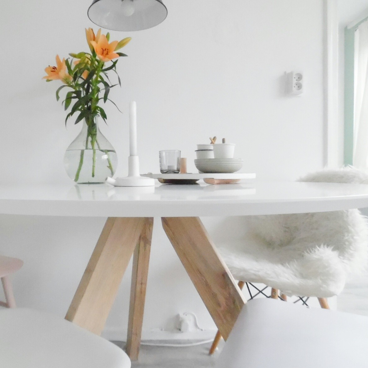 Ronde eetkamertafel hout wit