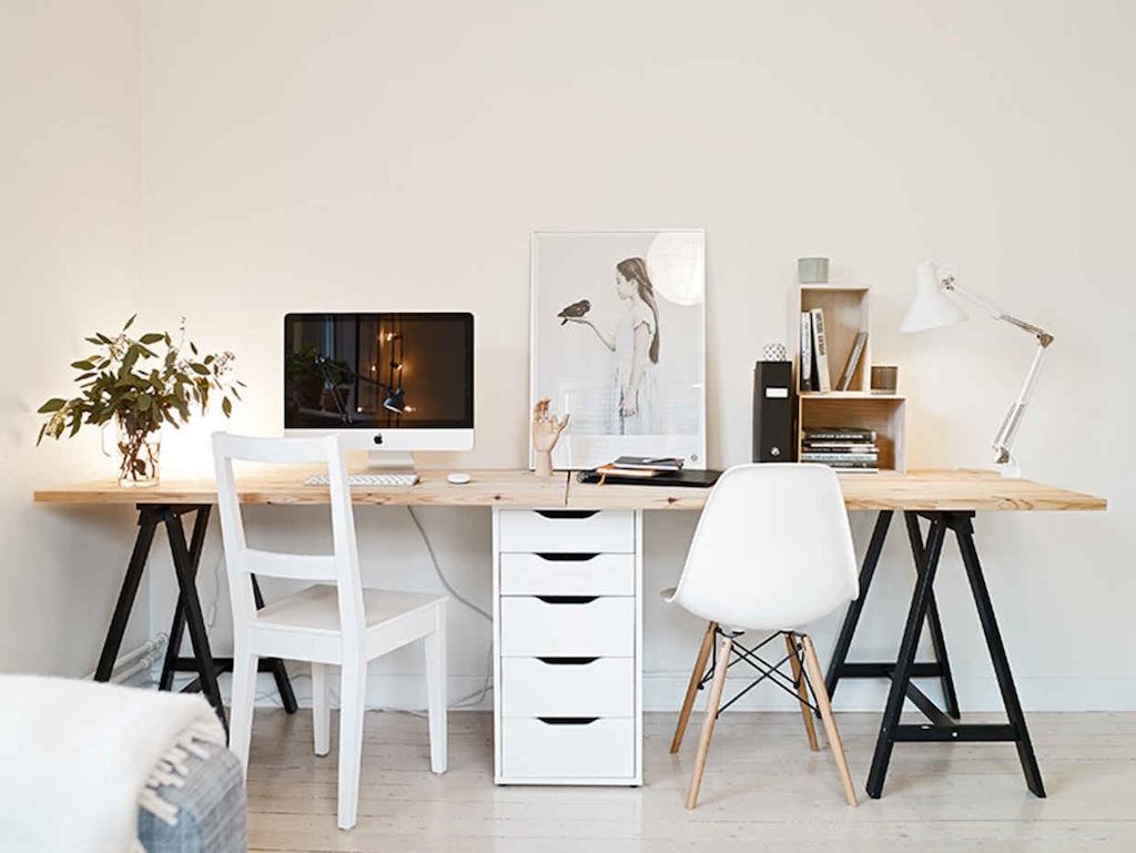 Thuiskantoor inspiratie Werkkamer inrichten Bureaulamp