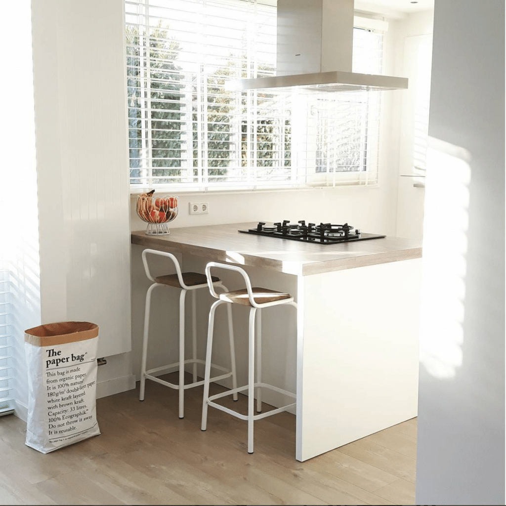 Bar in keuken woonkamer simpel