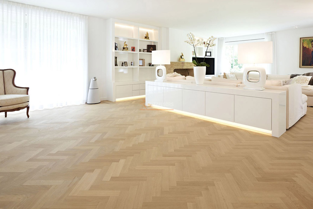 Houten vloer woonkamer voor en nadelen